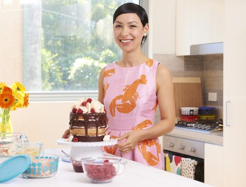 Katherine-with-finished-Pyrex-100-Year-Anniversary-Layered-Lamington-Sponge-Cake-001