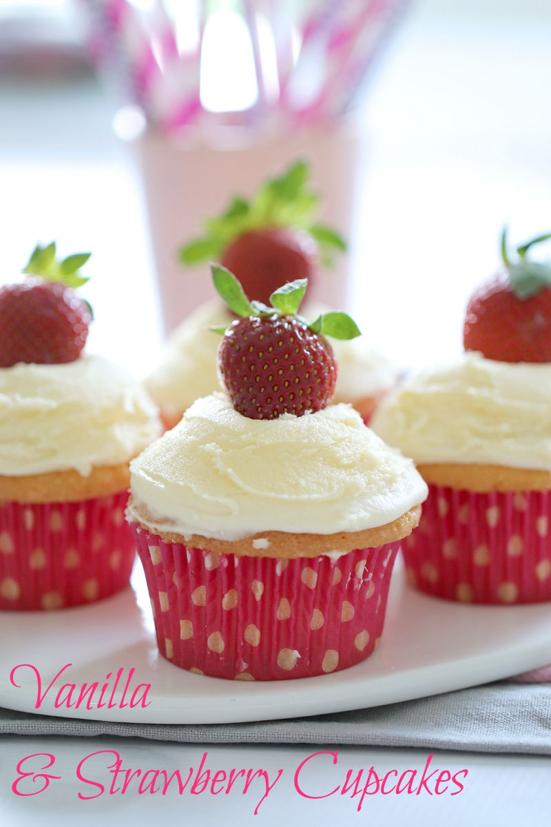 vanilla-cupcakes-with-strawberries