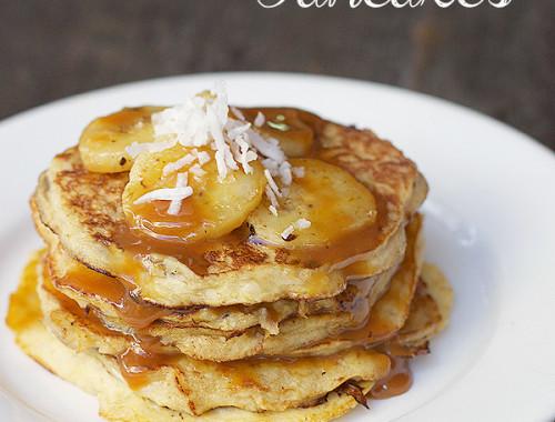 banana-caramel-pancakes