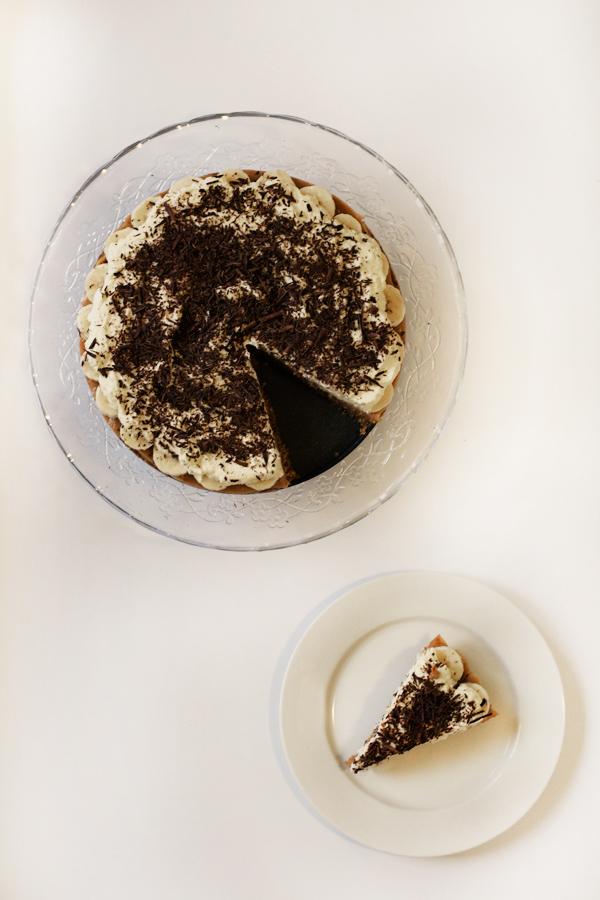 Banoffee Pie with Salted Pretzel Crust - Love Swah