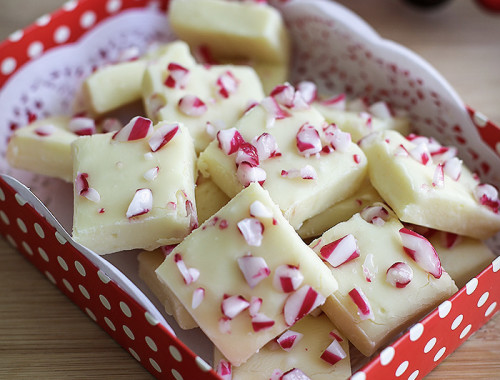 candy-cane-white-chocolate-fudge5