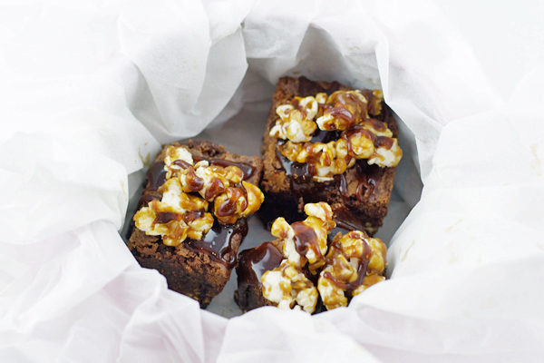 caramel-popcorn-brownie5