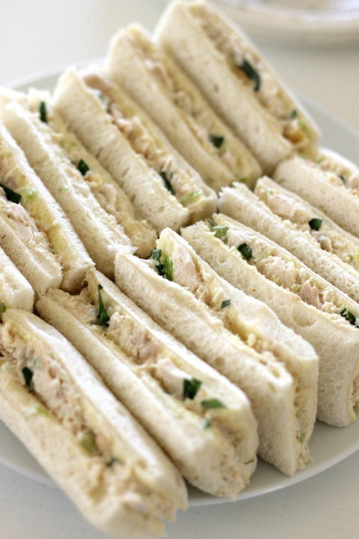 chicken-sandwiches-close-up