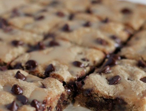 choc-chip-blondies2
