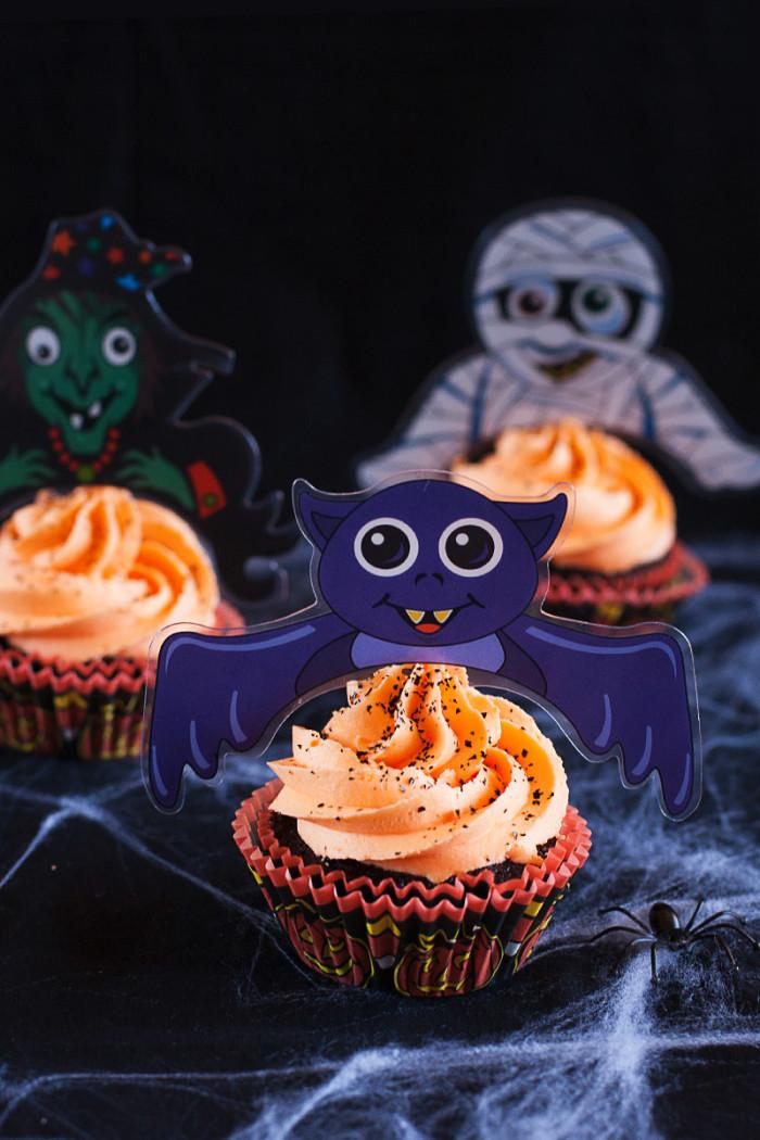 chocolate-orange-halloween-toppers-cupcakes