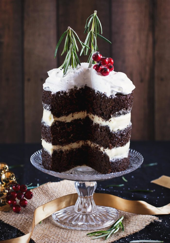 christmas-chocolate-gingerbread-cake-marshmallow-frosting7