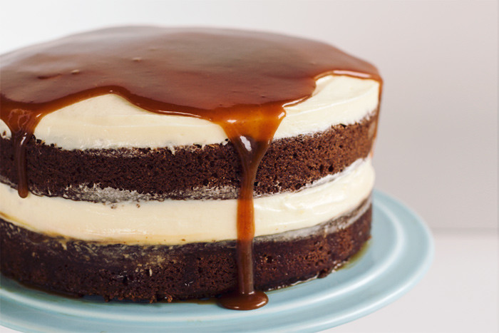 christmas-gingerbread-whiskey-salted-caramel-cake6