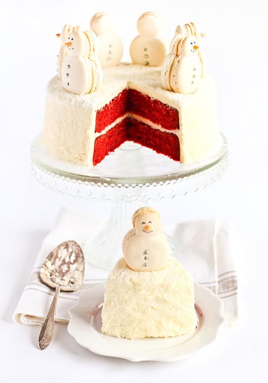 christmas-red-velvet-snow-cake