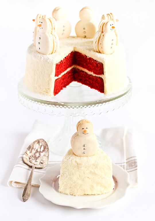 christmas-red-velvet-snow-cake