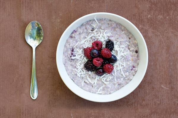 coconut-berry-chia-porridge1