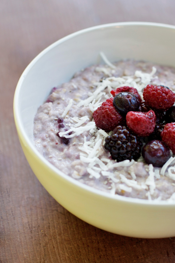 coconut-berry-chia-porridge2