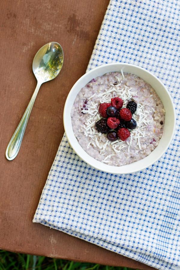 coconut-berry-chia-porridge4