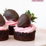 Dark Chocolate and Strawberry Cupcakes