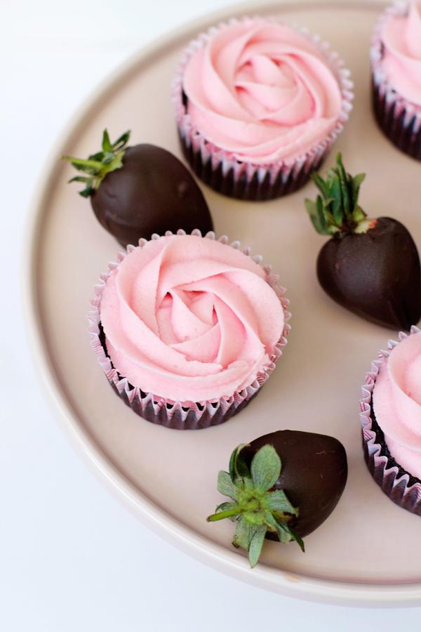 dark-choc-strawberry-cupcakes-2