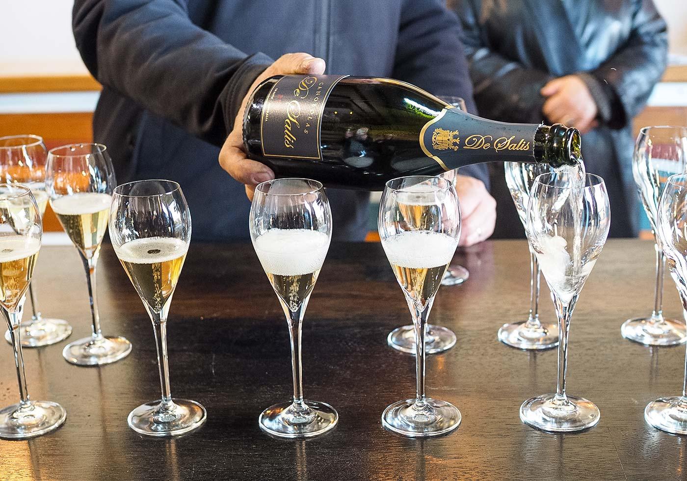 de-salis-sparkling-wine