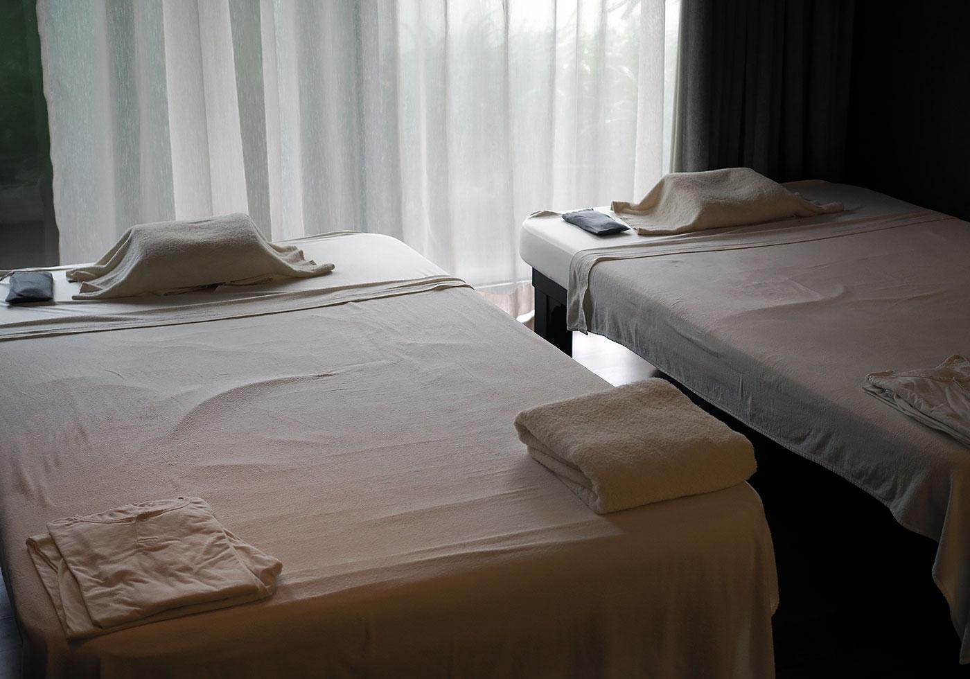 dream-hotel-sanctuary-spa-massage
