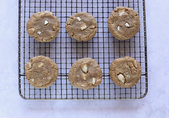 gluten-free-peanut-butter-white-choc-chip-cookies2