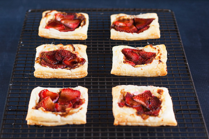goats-cheese-strawberry-tarts4