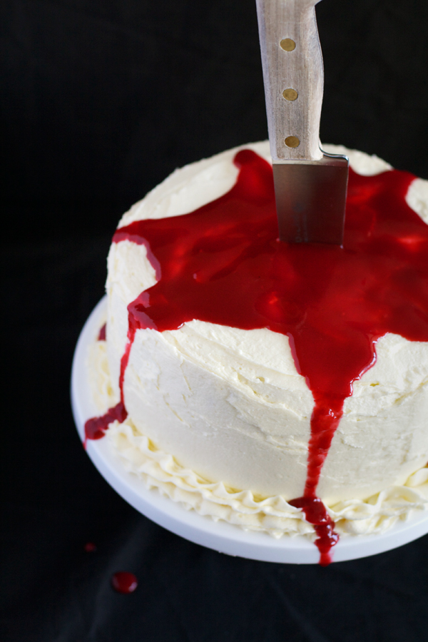 Halloween Bleeding Cake