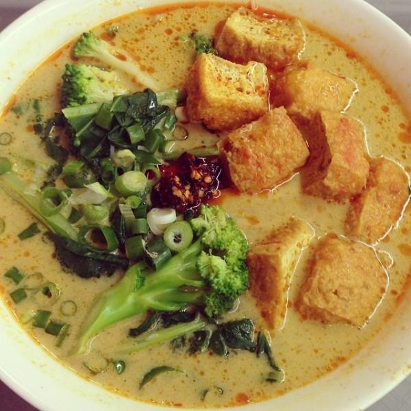 Newtown Lane Chinese Food