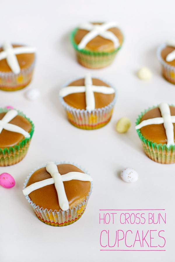 hot-cross-bun-cupcakes-final