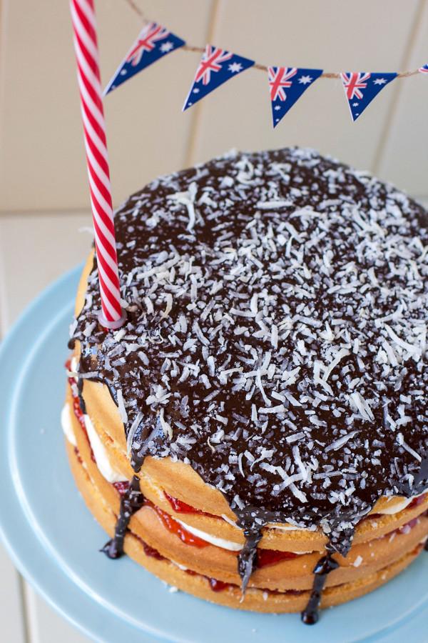 lamington-cake-with-milo-icing5