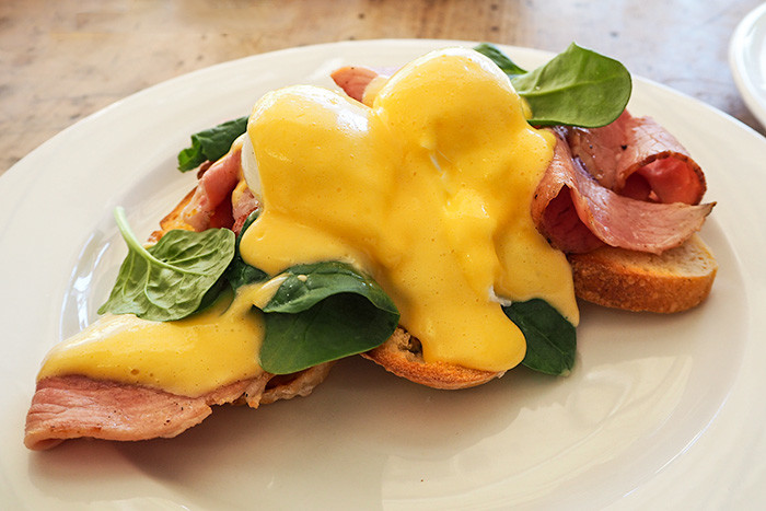 market-street-cafe-eggs-benny