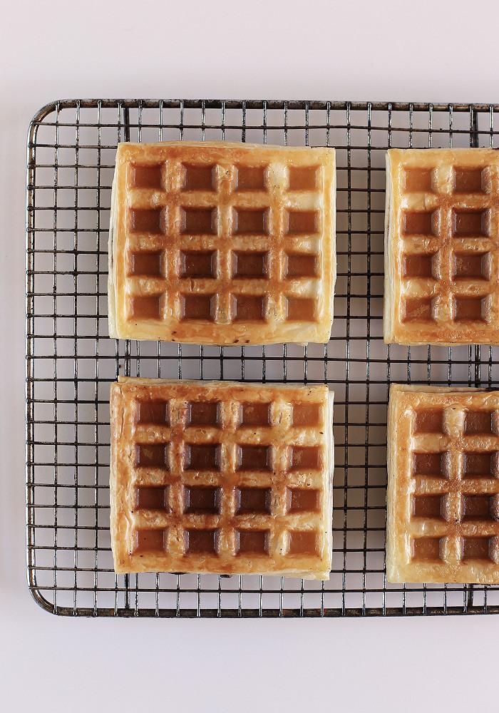 nutella-croffle-croissant-waffle1