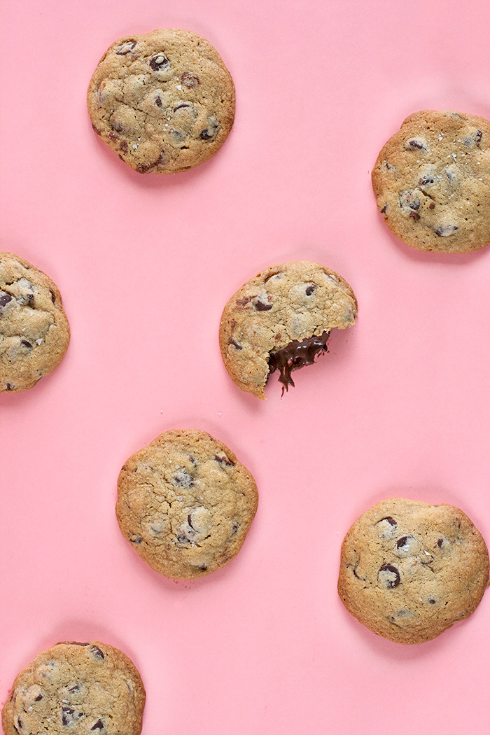 nutella-stuffed-choc-chip-cookies3