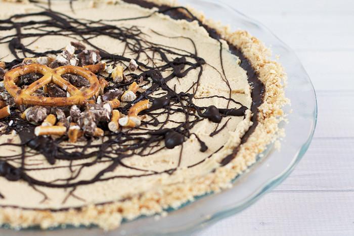 Black Bottom Peanut Butter Pie with a Pretzel Crust – Love ...