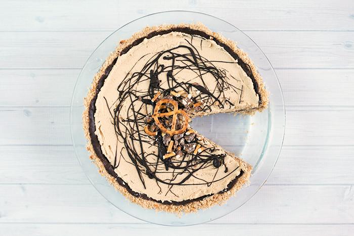 peanut-butter-pretzel-pie6