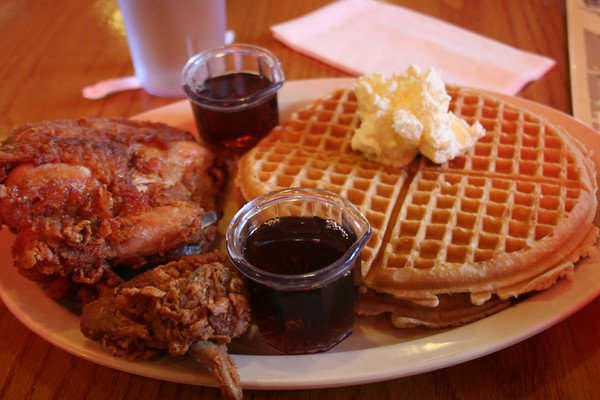 roscoes-chicken-waffles