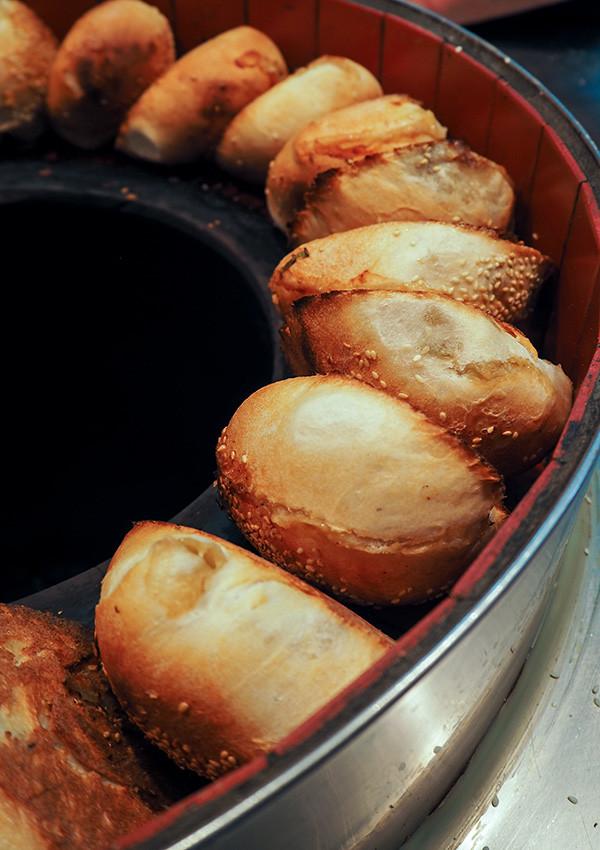 shilin-markets-pepper-cake