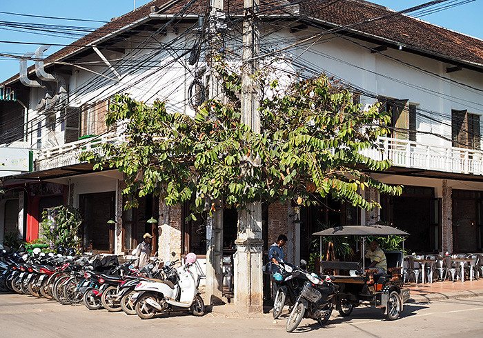 siem-reap-street2