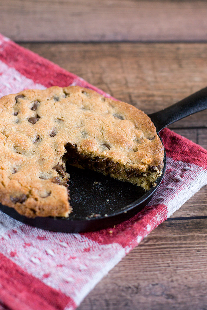 single-serve-choc-chip-skillet-cookie4