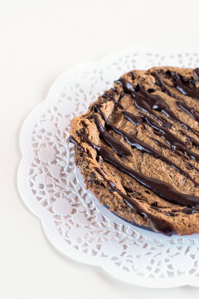 single-serve-peanut-butter-nutella-skillet-cookie2