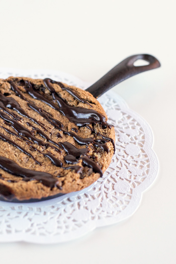 single-serve-peanut-butter-nutella-skillet-cookie3