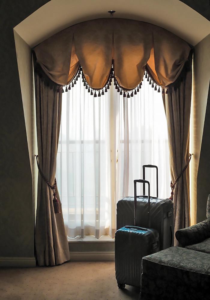sir-stamford-samsonite-luggage