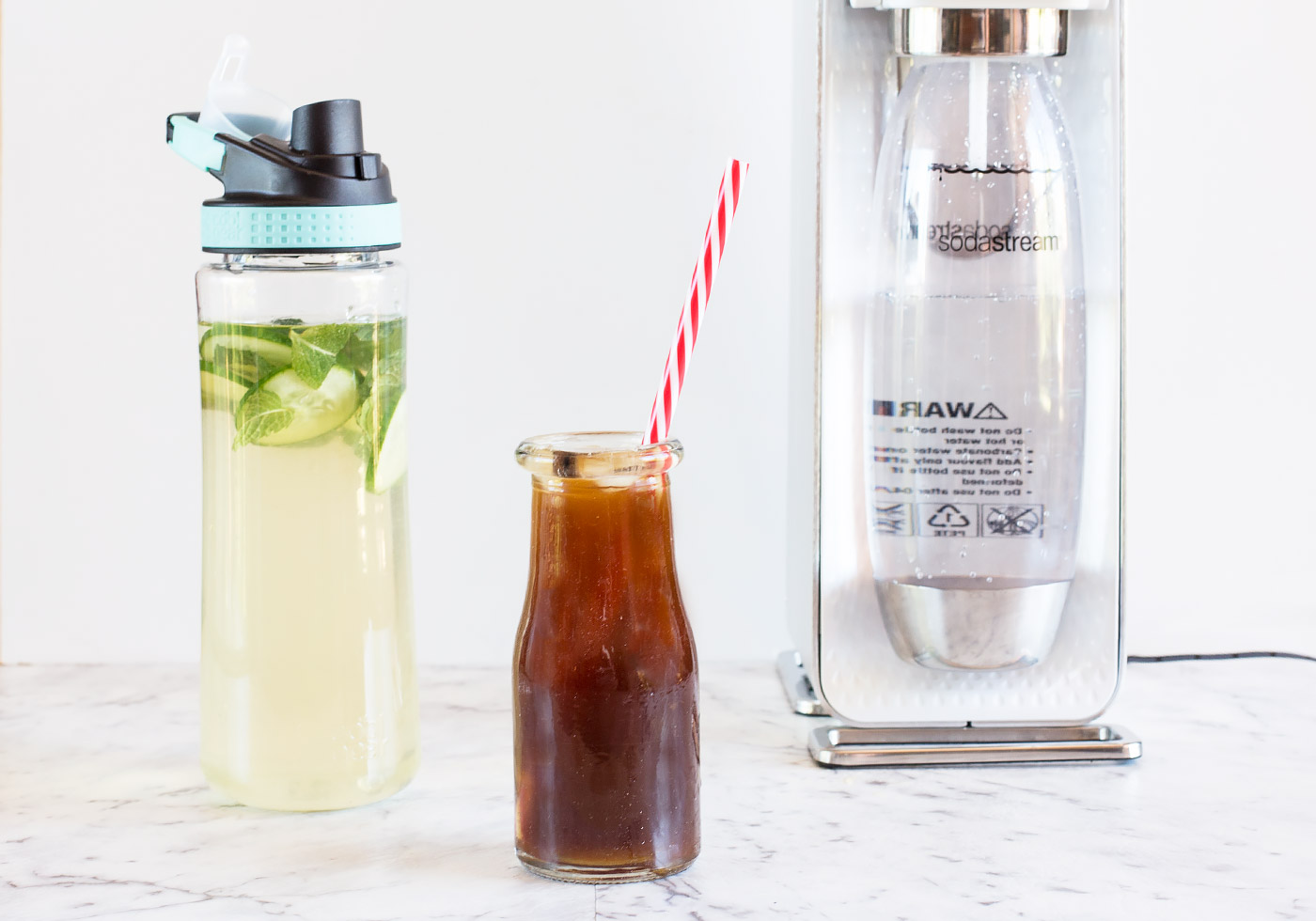 Make your own fizzy iced green tea and sparkling espresso for Mixed drinks with green tea