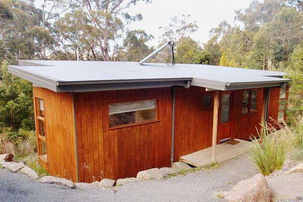 stewarts-bay-lodge-cabin