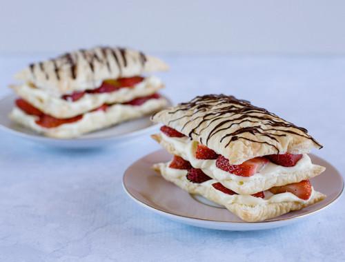 strawberry-cheesecake-napoleons2