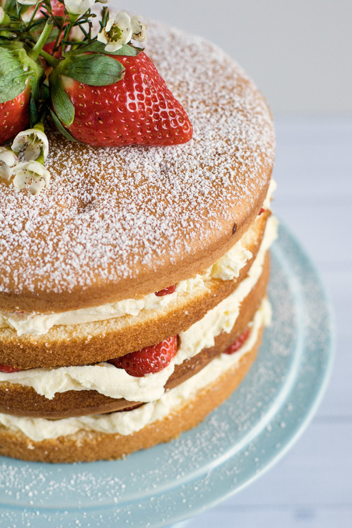strawberry-mascarpone-cream-layer-cake7