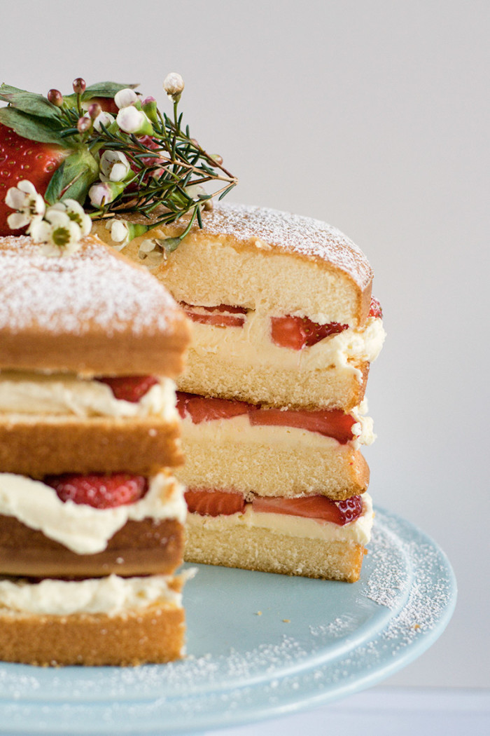 strawberry-mascarpone-cream-layer-cake8