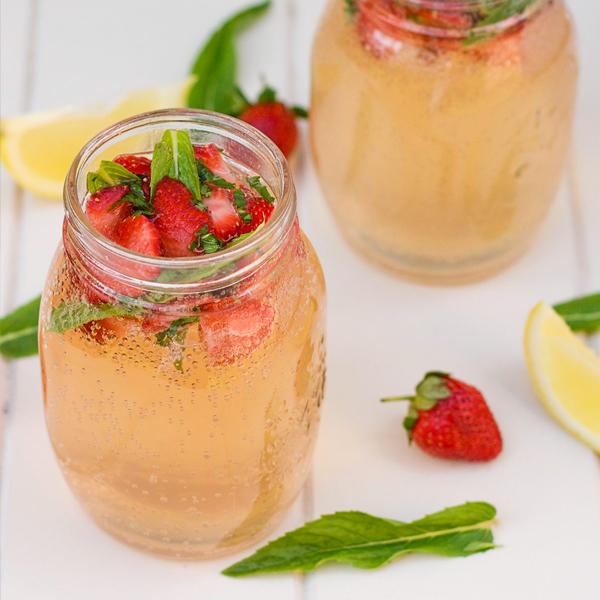 strawberry-mint-lemonade