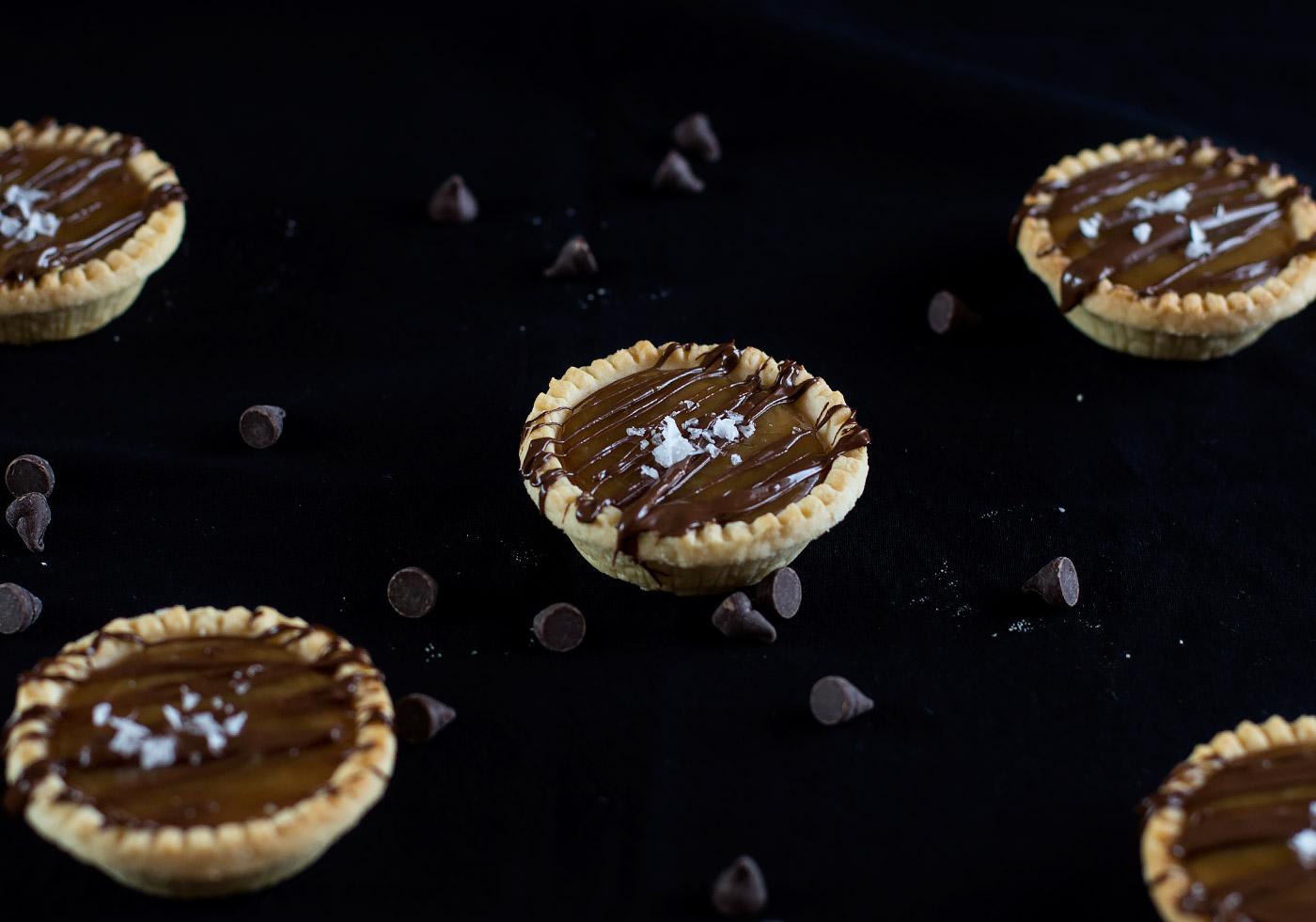 vegan-salted-caramel-tarts9