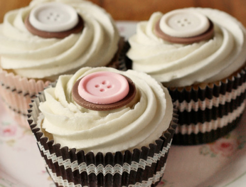 white-choc-cupcakes