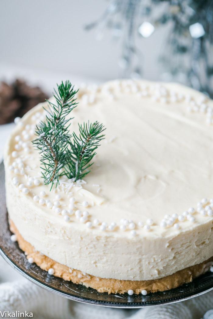 white-christmas-truffle-cake