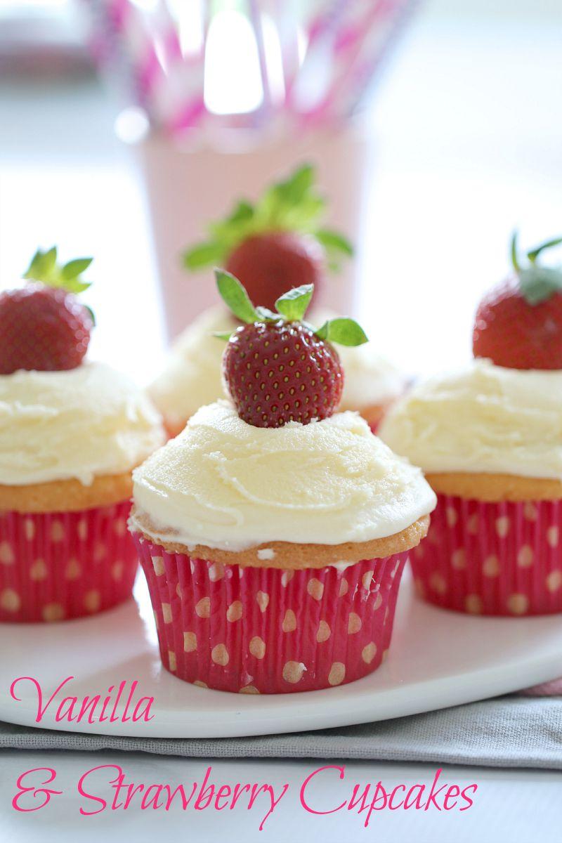 vanilla-cupcakes-with-strawberries