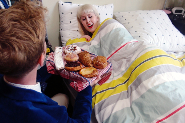 bpay-pastries-in-bed