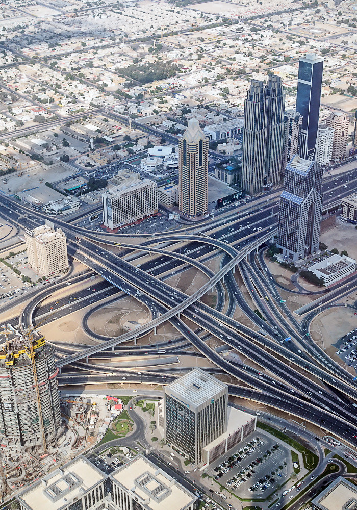 burj-khalifa-view-roads